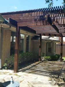 ecofencing company - wood pergola showing slats